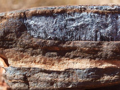 Asbestos Raw.jpg